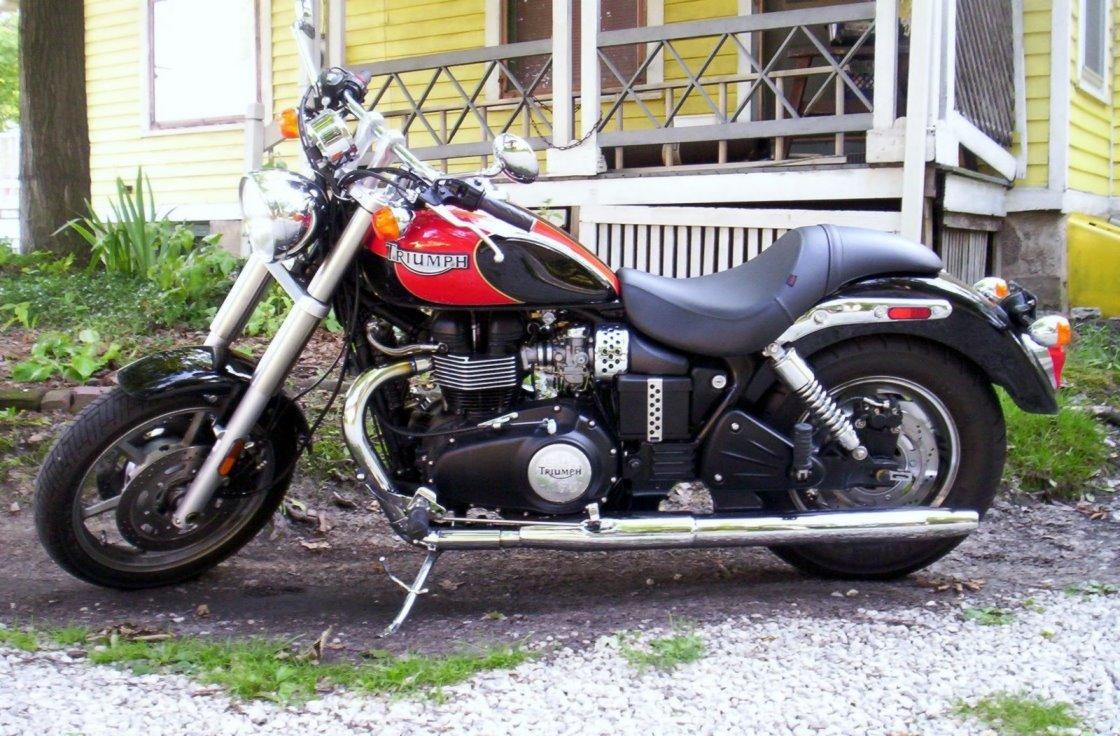 Reader Ride Triumph Speedmaster