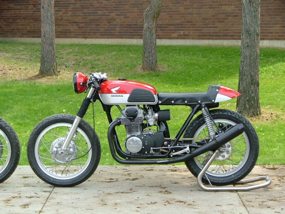 A stellar CB350 Cafe Build-off by a Couple of high school technology departments! (2/2)