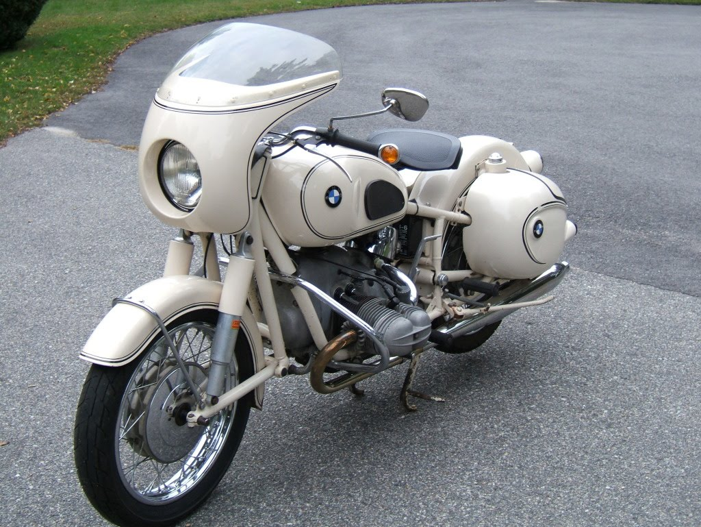 while we're on bmw's. here's a beauty of a 1964 r69s. and it's for