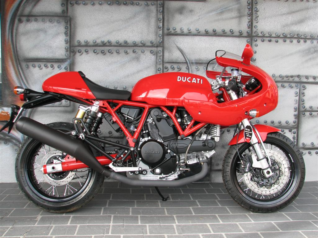 ducati motorcycle photo of the day page 5. Black Bedroom Furniture Sets. Home Design Ideas