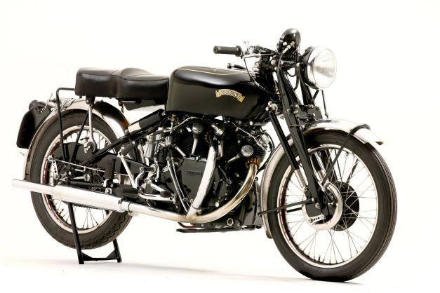 CREDIT DOUBLE RED 1952 Vincent 998cc Montlhery Black Shadow 300dpi