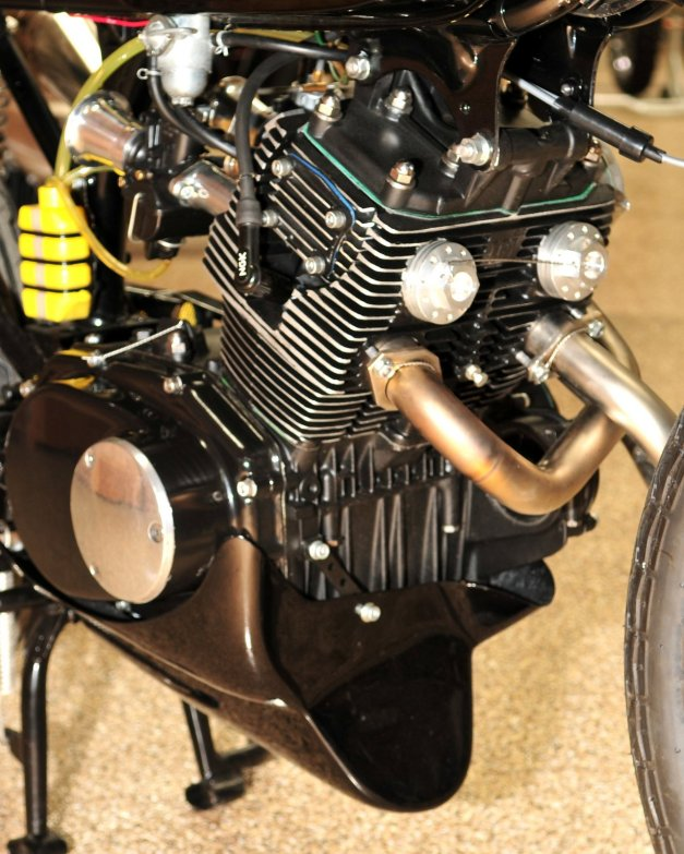 Honda CB160 8