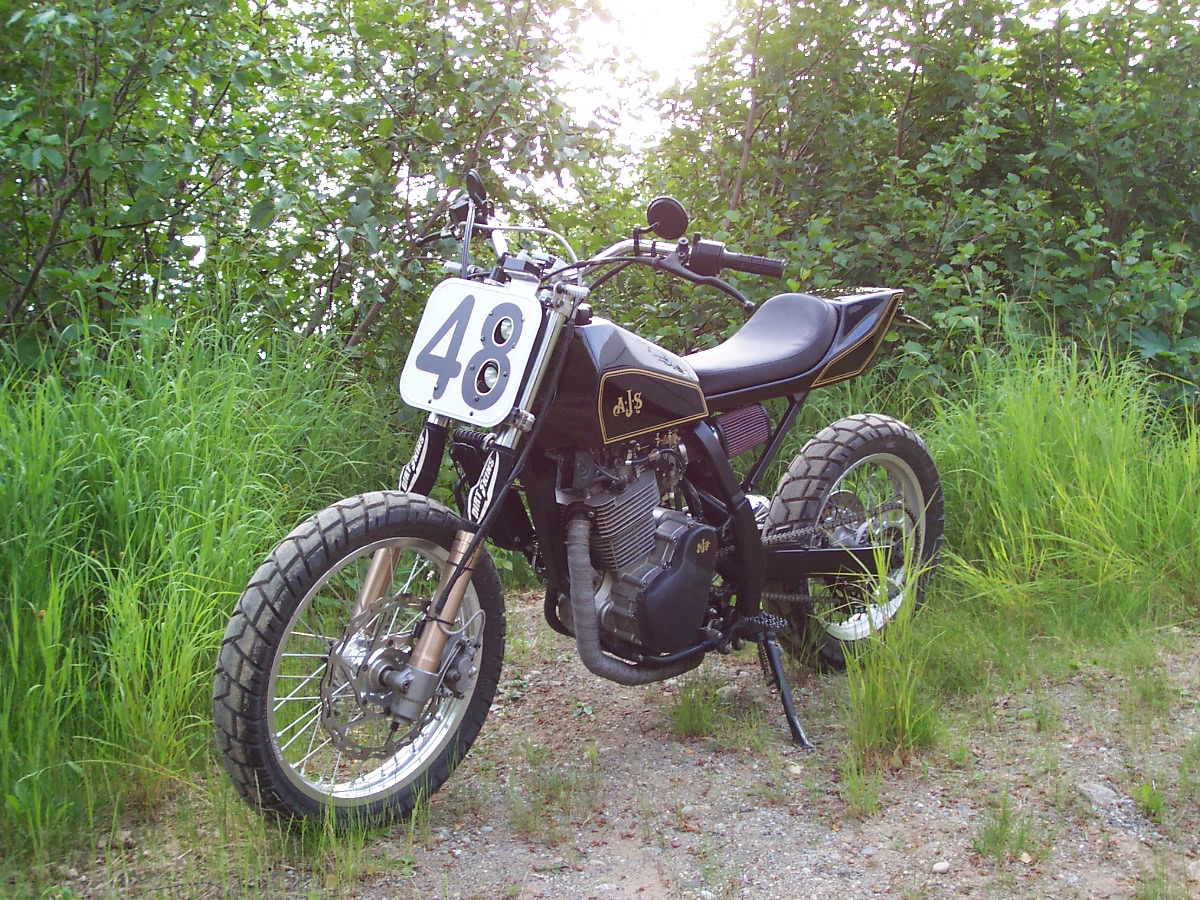 suzuki dr 650 tracker motorcycle photo of the day. Black Bedroom Furniture Sets. Home Design Ideas